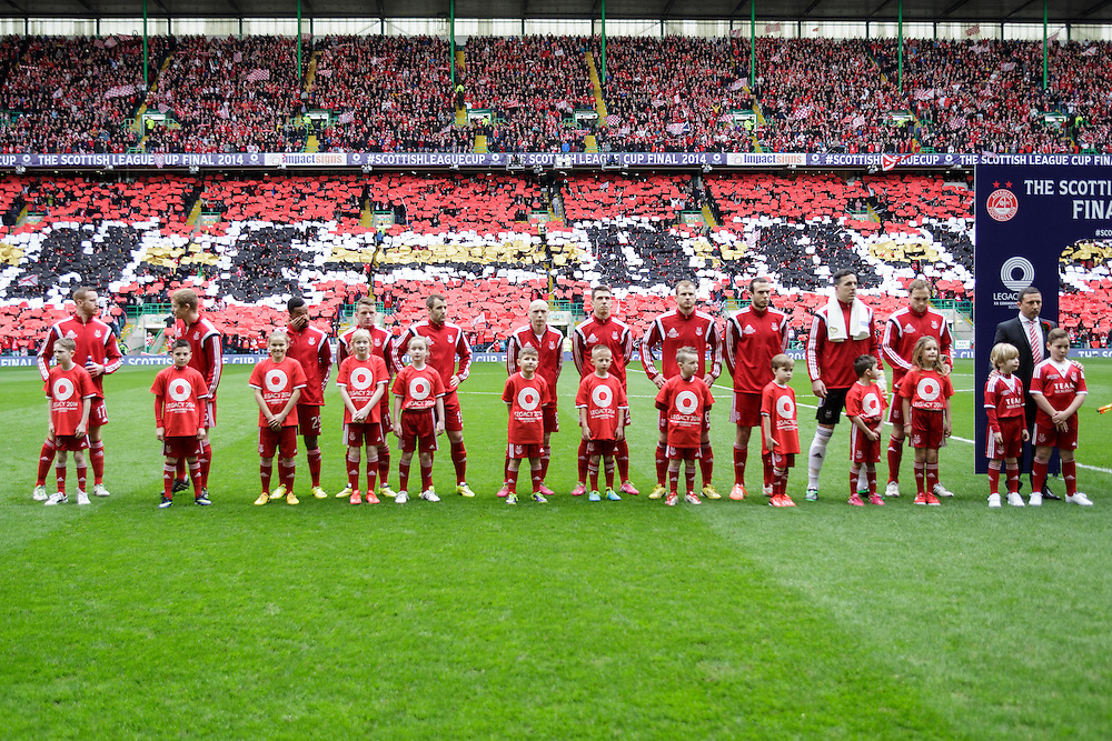 Scottish League Cup Final Aberdeen V Inverness CT at Parkhead on Sunday, 16th of March 2014, Aberdeen Scotland.<br /> Pictured: AFC Team line up before kick off<br /> (Photo Ross Johnston/Newsline Scotland)