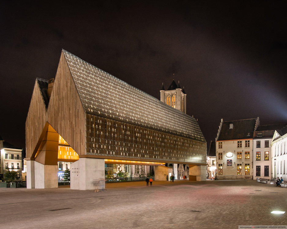 20141026 Gent Belgie: Stadshal, Emile Braunplein