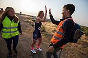 Het Human Power Team Delft en Amsterdam, dat bestaat uit studenten van de TU Delft en de VU Amsterdam, is in Amerika om tijdens de World Human Powered Speed Challenge in Nevada een poging te doen het wereldrecord snelfietsen voor vrouwen te verbreken met de VeloX 7, een gestroomlijnde ligfiets. Het record is met 121,81 km/h sinds 2010 in handen van de Francaise Barbara Buatois. De Canadees Todd Reichert is de snelste man met 144,17 km/h sinds 2016.<br /> <br /> With the VeloX 7, a special recumbent bike, the Human Power Team Delft and Amsterdam, consisting of students of the TU Delft and the VU Amsterdam, wants to set a new woman's world record cycling in September at the World Human Powered Speed Challenge in Nevada. The current speed record is 121,81 km/h, set in 2010 by Barbara Buatois. The fastest man is Todd Reichert with 144,17 km/h.