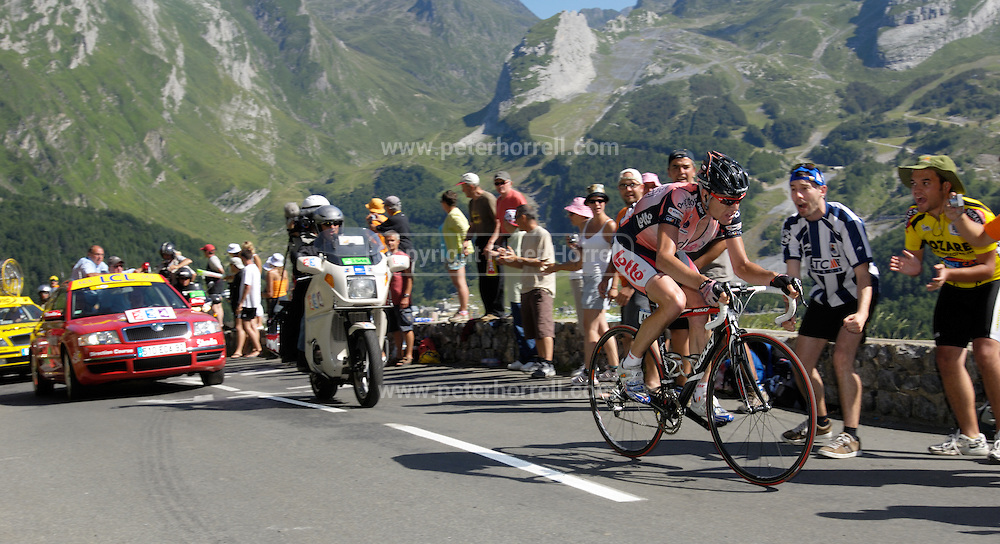 FRANCE 25th JULY 2007: Cadel Evans chases the leaders up the final climb of the Col d'Aubisque towards the end of Stage 16 Orthez to Gorette - Col d'Aubisque.