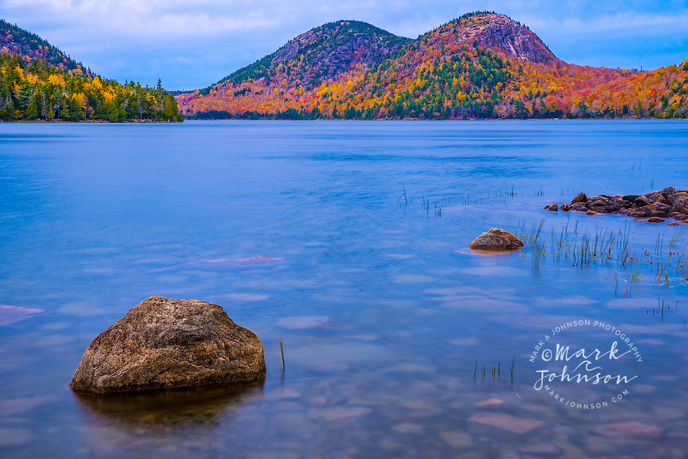 Fall color at Jordan Pond, The Bubbles in the background, Acadia National Park, Maine, New England, USA