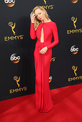 Portia Doubleday  bei der Verleihung der 68. Primetime Emmy Awards in Los Angeles / 180916<br /> <br /> *** 68th Primetime Emmy Awards in Los Angeles, California on September 18th, 2016***