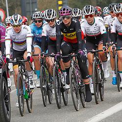 27-02-2021: Wielrennen: Omloop Het Nieuwsblad - Vrouwen: Gent<br />peloton vertrokken