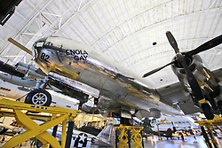 10.01.2016, Steven F. Udvar-Hazy, Chantilly, USA, National Air and Space Museum, im Bild Aus der B-29 Superfortress wurde am 06. August 1945 die erste Atombombe abgeworfen // Exhibits of the American National Air and Space Museum at the Steven F. Udvar-Hazy in Chantilly, United States on 2016/01/10. EXPA Pictures © 2016, PhotoCredit: EXPA/ Eibner-Pressefoto/ Hundt<br /> <br /> *****ATTENTION - OUT of GER*****