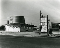 1939 The Barrel Drive In at Washington & Overland Blvds.