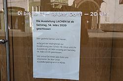 15.03.2020, Innsbruck, AUT, Coronavirus, Ausgangssperre in ganz Tirol, Tirol hat de facto eine Ausgangssperre verhängt. In einer Stellungnahme erklärte Landeshauptmann Günther Platter am Vormittag, die Tirolerinnen und Tiroler dürften die Wohnung nicht verlassen, davon gibt es nur wenige Ausnahmen, im Bild Taxis Galerie // during a Curfew all over Tyrol, Tirol has de facto imposed a curfew. In a statement, Governor Günther Platter said in the morning that the Tyroleans were not allowed to leave the apartment, there are only a few exceptions. Innsbruck, Austria on 2020/03/15. EXPA Pictures © 2020, PhotoCredit: EXPA/ Erich Spiess