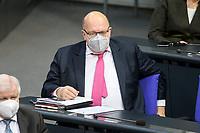 11 FEB 2021, BERLIN/GERMANY:<br /> Peter Altmeier, CDU, Bundeswirtschaftsminister, Debatte nach der  Regierungserklaerung der Bundeskanzlerin zur Bewaeltigung der Corvid-19-Pandemie, Plenum, Reichstagsgebaeude, Deutscher Bundestag<br /> IMAGE: 20210211-01-077<br /> KEYWORDS: Corona, Mundschutz, Maske