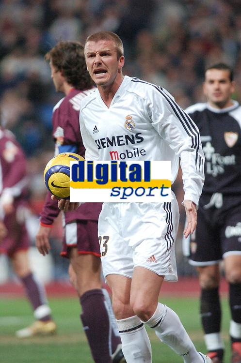 22/12/2004 - La Liga - Real Madrid v Sevilla<br />Real Madrid'sDavid Beckham complains at a linesman's decision<br />Photo: Back Page Images