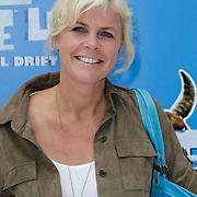 NLD/Haarlem/20120627 - Filmpremiere Ice Age 4, Irene Moors, zoon Tijn en vriendje