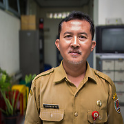 CAPTION: Head of the Environmental Agency Gunawan Wicaksonom is also part of the City Core Team, which was established under ACCCRN as a platform to engage key stakeholders in creating and implementing an integrated city resilience strategy. Mr Gunawan talks about the important role the team has played in enabling different sectors and stakeholders to take an integrated approach to building the city's resilience to climate change. Through the creation of this team, not only are different sectors working more closely together, but they are also working in partnership with external stakeholders, including universities, members of the private sector and local NGOs. LOCATION: Environmental Agency, Semarang, Indonesia. INDIVIDUAL(S) PHOTOGRAPHED: Gunawan Wicaksonom.