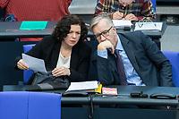 13 FEB 2020, BERLIN/GERMANY:<br /> Amira Mohamed Ali (L), MdB, Die Linke, Fraktionsvorsitzende, und Dietmar Bartsch (R), MdB, Die Linke Fraktionsvorsitzender, im Gespraech, Sitzung des Deutsche Bundestages, Plenum, Reichstagsgebaeude<br /> IMAGE: 20200213-01-038<br /> KEYWORDS: Gespräch