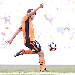BRISBANE, AUSTRALIA - JANUARY 7: Tommy Oar of the Roar scores a goal during the round 14 Hyundai A-League match between the Brisbane Roar and Newcastle Jets at Suncorp Stadium on January 7, 2017 in Brisbane, Australia. (Photo by Patrick Kearney/Brisbane Roar)