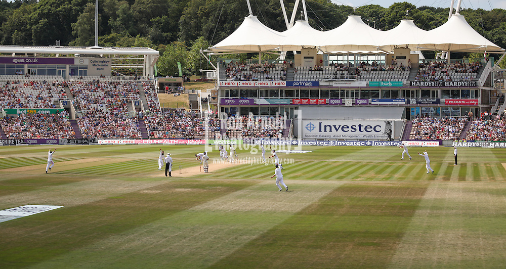 © Rob Arnold.  31/07/2014. Hampshire, UK. The 5th and final day of the 3rd Investec Test Match between England and India at the Ageas Bowl in Hampshire. The hosts managed to bowl India out before lunch for 178 runs in their 2nd innings. England won the match  by 266 runs to tie the series 1-1. Photo credit : Rob Arnold
