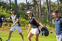 NUNSPEET - Vrienden op de golfbaan. Golf op Rijk van Nunspeet.   COPYRIGHT KOEN SUYK