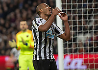 Football - 2018 / 2019 Premier League - West Ham United vs. Newcastle United<br /> <br /> Salomon Rondon (Newcastle United) reacts after missing a golden opportunity to score at the London Stadium<br /> <br /> COLORSPORT/DANIEL BEARHAM