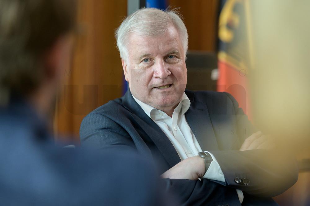 01 JUL 2019, BERLIN/GERMANY:<br /> Horst Seehofer, CSU, Bundesinnenminister, waehrend einem Interview, in seinem Buero, Bundesministerium des Inneren<br /> IMAGE: 20190701-01-045<br /> KEYWORDS: Büro