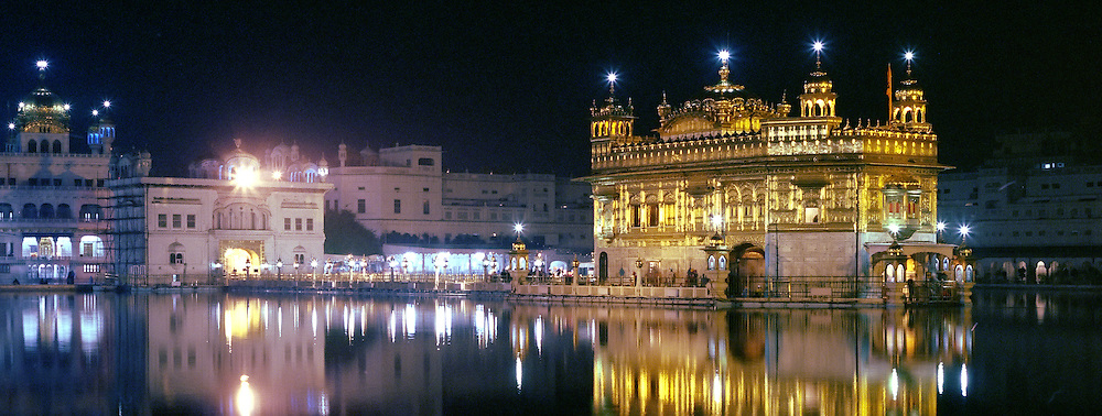 Panoramic view of the 'Golden Temple' in Amritsar, Punjab, India.