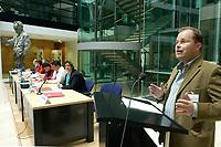 """08 NOV 2003, BERLIN/GERMANY:<br /> Christian Lange (R), MdB, SPD, Sprecherkreis Netzwerk, haelt eine Rede, Diskussionsveranstaltung unter dem Motto """"Die neue SPD: Meschen staerken. Wege oeffnen."""" zur Vorstellung eines Entwurfs fuer ein neues Grundsatzprogramm der SPD von SPD Bundestagsabgeordneten des Netzwerks, Willy-Brandt-Haus<br /> IMAGE: 20031108-01-060<br /> KEYWORDS: speech"""