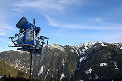 22-01-2015 AUT: BvdGF Winterkamp 2015, Flachau<br /> De laatste dag van het wintersportkamp in Flachauwinkl. Iedereen heeft het weer uitstekend naar zijn/haar zin en het belangrijkste, ze hebben weer wat geleerd betreft sporten met diabetes / Sneeuw machine