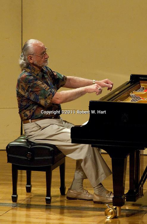 Competitor Dr. John A. Runtz, Jr....Special Contributor/Robert W. Hart