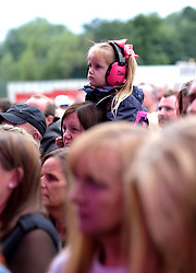 Party At The Palace, Saturday 11th August 2018<br /> <br /> Pictured:  A young fan watches Gabrielle<br /> <br /> Aimee Todd | Edinburgh Elite media