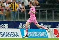 Fotball<br /> 03.07 2011<br /> Tippeligaen<br /> Start v Sogndal<br /> Foto: Jakob Haugaa, Digitalsport<br /> <br /> Ørjan Hopen, frisparkmål, 1-1