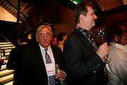 Bob Marshall-Andrews and Paul Merton, Freedom of Expression Awards 2006. Bloomberg HQ. City Gate House. Finsbury Sq. London. 22 March 2006. ONE TIME USE ONLY - DO NOT ARCHIVE  © Copyright Photograph by Dafydd Jones 66 Stockwell Park Rd. London SW9 0DA Tel 020 7733 0108 www.dafjones.com