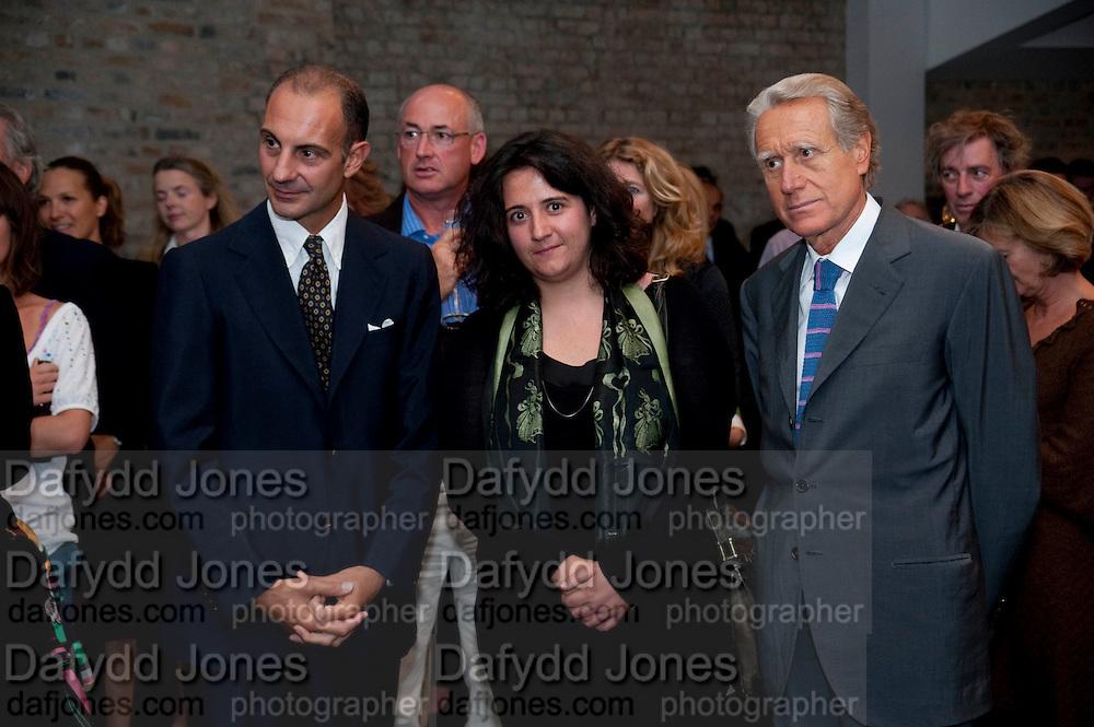 DR. LUIGI MARAMOTTI; HANNAH RICKARDS; GIANCARLA ARAGONA ITALIAN AMBASSADOR;   Hannah RickardÕs exhibition; No, there was no red.9. MaxMara Prize for Women, in collaboration with the Whitehachapel Gallery. Whitechapel. London.  September 2009.<br /> DR. LUIGI MARAMOTTI; HANNAH RICKARDS; GIANCARLA ARAGONA ITALIAN AMBASSADOR;   Hannah Rickard?s exhibition; No, there was no red.9. MaxMara Prize for Women, in collaboration with the Whitehachapel Gallery. Whitechapel. London.  September 2009.
