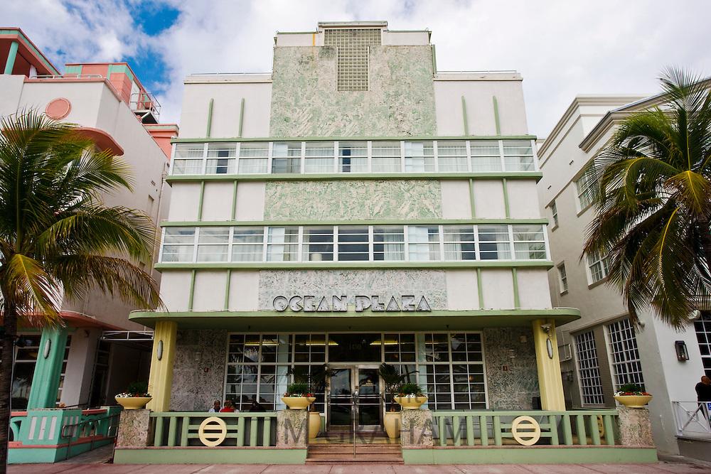 Ocean Plaza at Hilton Grand Hotel, in art deco district, Ocean Drive, South Beach, Miami, Florida, USA