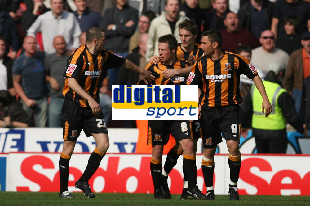 Photo: Pete Lorence.<br />Stoke City v Hull City. Coca Cola Championship. 21/04/2007.<br />Nick Barmby and team celebrate their last minute equaliser.