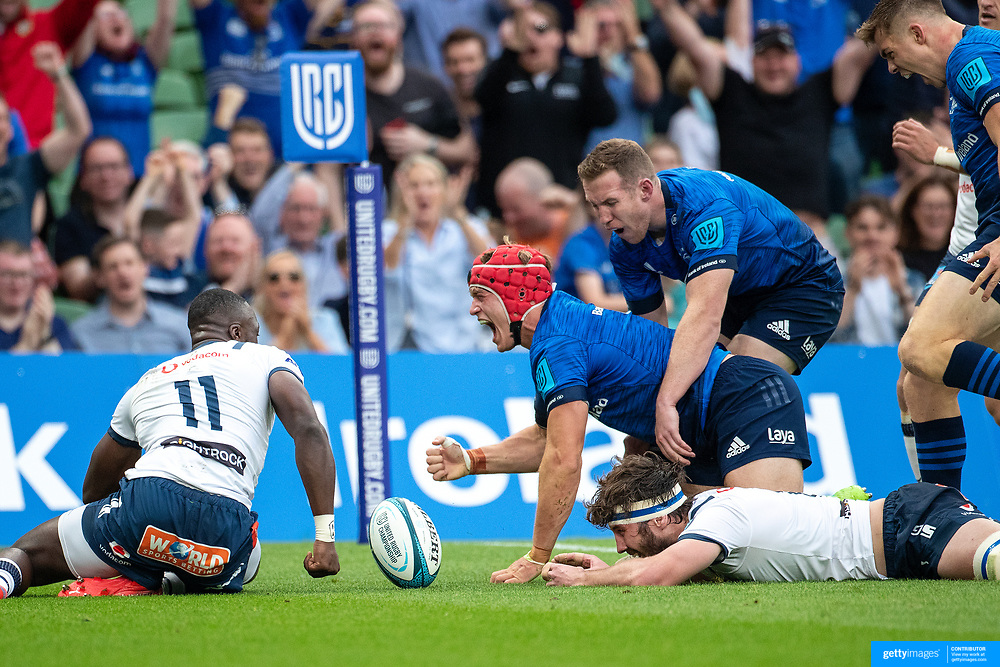 DUBLIN, IRELAND:  September 25:   Josh van der Flier<br /> #7 of Leinster celebrates after scoring his sides first try of the match during the Leinster V Bulls United Rugby Championship match at Aviva Stadium on September 25th, 2021 in Dublin, Ireland. (Photo by Tim Clayton/Corbis via Getty Images)