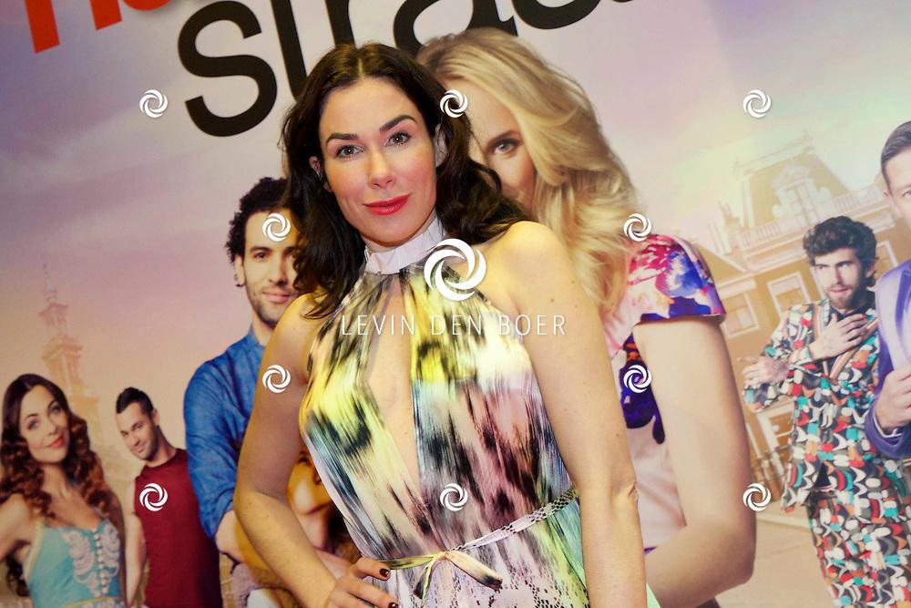 AMSTERDAM - In het Tuschinski theater is de nieuwe Nederlandse film 'Harten Straat' in premiere gegaan. Met op de rode loper   Halina Reijn. FOTO LEVIN DEN BOER - PERSFOTO.NU