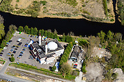 Nederland, Noord-Holland, Zaandam, 20-04-2015; de wijk Poelenburg, met de Sultan Ahmet Moskee.<br /> New Mosque in  a Zaandam residential area.<br /> <br /> luchtfoto (toeslag op standard tarieven);<br /> aerial photo (additional fee required);<br /> copyright foto/photo Siebe Swart