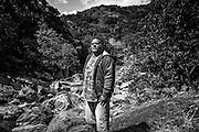 NOUVELLE CALEDONIE, HIENGHENE, Tiendanite - Portrait de Bernard Calene MAEPAS, chef du clan Maepas - Aout 2013