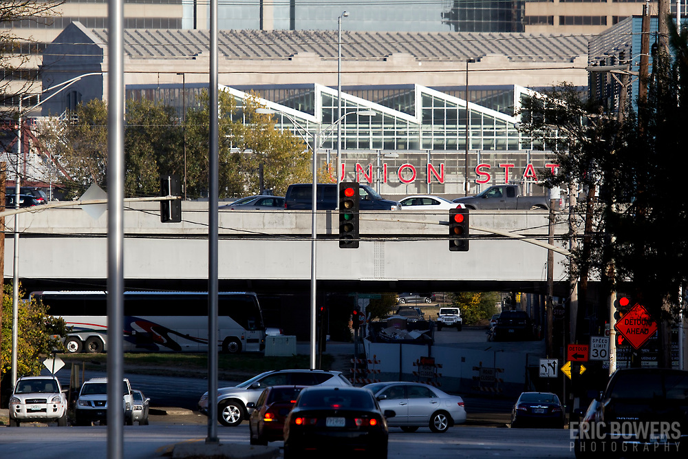 View of Avenida Cesar Chavez, Interstate 35, and Kansas City Union Station in background.