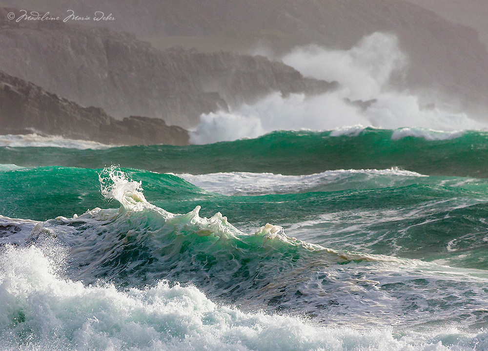 Wild Atlantic Wave, Co. Kerry, Ireland<br /> The Wild Atlantic Way at its best.<br /> <br /> Hi Tommy's Outdoor listeners. Nice to see you here. I hope you enjoyed our interview <3