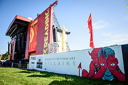 © Licensed to London News Pictures. 25/08/2017. Reading Festival 2017, Reading, UK. <br /> <br /> The Main Stage pictured before the start of the festival showing a poster for Queens Of The Stone Age who are a special guest secret appearance later in the day.   Photo credit: Andy Sturmey/LNP