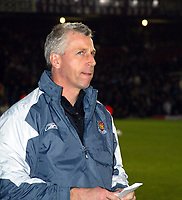 Photo. Chris Ratcliffe<br /> West Ham United v Crewe Alexandra. Coca Cola Championship. 15/03/2005<br /> Alan Pardew looking worried before the game has even started