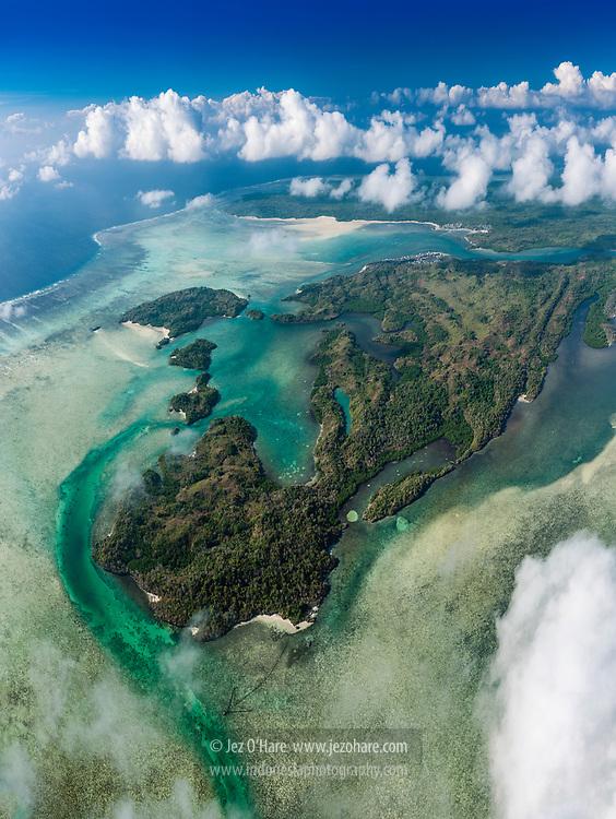 Lintea Tiwolu, Kaledupa, Wakatobi National Park, South East Sulawesi, Indonesia