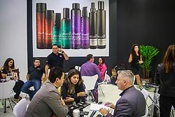 Movimento de público na Hair Brasil - 13ª Feira Internacional de Beleza, Cabelos e Estética, que acontece de 12 a 15 de abril de 2014 das 10h às 20 horas nos Pavilhões do Expo Center Norte. FOTO: Jefferson Bernardes/ Agência Preview