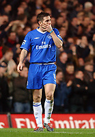 Fotball<br /> Foto: SBI/Digitalsport<br /> NORWAY ONLY<br /> <br /> Carling Cup Semi Final first leg<br /> <br /> Chelsea v Manchester United. 12/1/2005.<br /> <br /> Chelsea's Frank Lampard shows his dissapointment at missing a chance to score in the second half.