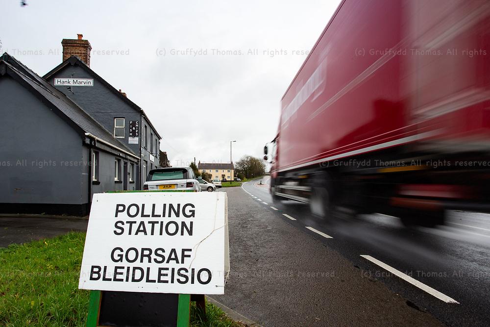 Carmarthen, UK. 12 December, 2019.<br /> Polling station at the Hank Marvin Fish and Chip Shop in Llanddewi Efelffre in Pembrokeshire.<br /> Credit: Gruffydd Ll. Thomas/Alamy Live News