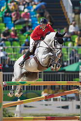 Fuchs Martin, SUI, Clooney<br /> owner of the horse of Jerome with arms in the air<br /> Olympic Games Rio 2016<br /> © Hippo Foto - Dirk Caremans<br /> 14/08/16