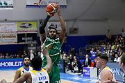 Rich al tiro<br />Betaland Capo d'Orlando - Sidigas Avellino <br />Campionato Basket Lega A 2017-18 <br />Capo d'Orlando 22/04/2018<br />Foto Ciamillo-Castoria