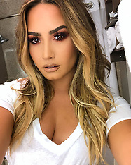 Demi Lovato rushed to hospital - 25 July 2018