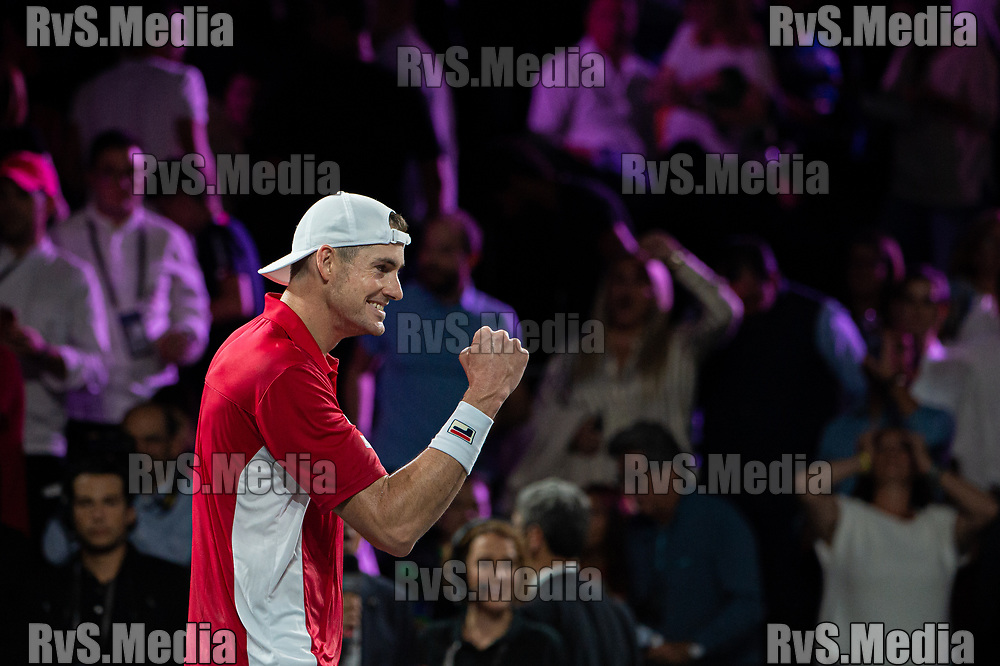 GENEVA, SWITZERLAND - SEPTEMBER 22: John Isner of Team World celebrates the win during Day 3 of the Laver Cup 2019 at Palexpo on September 20, 2019 in Geneva, Switzerland. The Laver Cup will see six players from the rest of the World competing against their counterparts from Europe. Team World is captained by John McEnroe and Team Europe is captained by Bjorn Borg. The tournament runs from September 20-22. (Photo by Robert Hradil/RvS.Media)