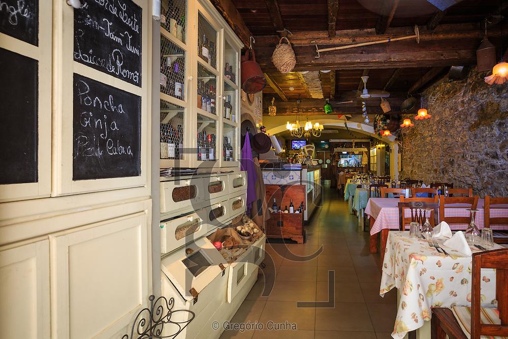 Restaurante Dona Maria, Funchal, Ilha da Madeira.<br /> Foto Gregório Cunha