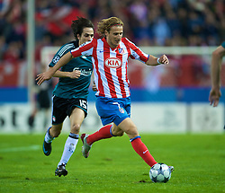 MADRID, SPAIN - Wednesday, October 22, 2008: Club Atletico de Madrid's Diego Forlan during the UEFA Champions League Group D match against Liverpool  at the Vicente Calderon. (Photo by David Rawcliffe/Propaganda)