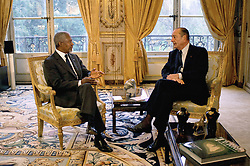 File Photo - French President Jacques Chirac receives UN General Secretary, Kofi Annan, at Elysee palace, in Paris, France, on November 7, 2005. Kofi Annan, the former UN secretary-general who won the Nobel Peace Prize for humanitarian work, has died aged 80, his aides say. Photo by Jean-Luc Luyssen/Pool/ABACAPRESS.COM