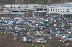 © Licensed to London News Pictures. 19/12/2020. <br /> Greenhithe, UK. A busy car park near M&S. Some empty car parks at Bluewater in Kent today as it has to close the Winterland attraction amid Coronavirus fears. Photo credit:Grant Falvey/LNP